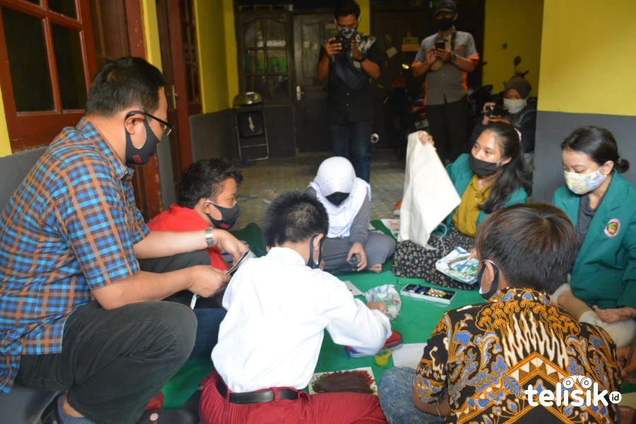 Relawan Pendidikan, Dampingi Siswa Belajar dari Rumah