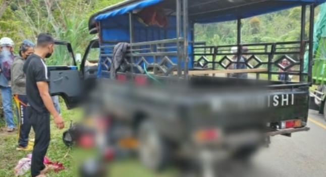 Pick Up L300 di Manggarai Tabrak Pemotor hingga Tewas